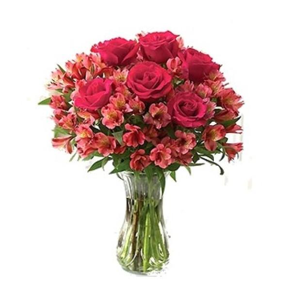Buquê astromélias com rosas vermelhas